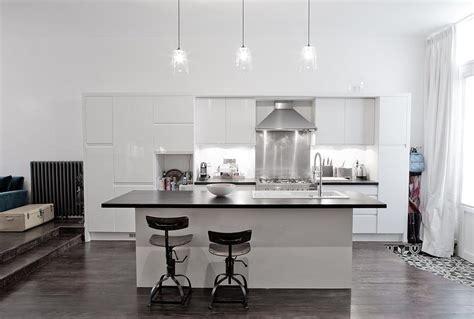 cuisine blanc laque avec ilot cuisine blanc laque avec ilot dootdadoo com idées de
