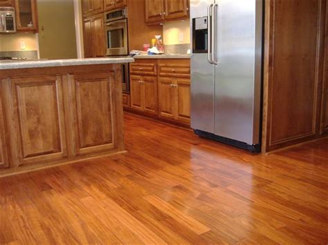 Modern kitchen with laminate flooring ideas   KITCHENTODAY