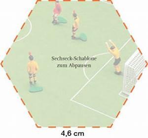 Fußball Torte mit Mango Schrot und Korn