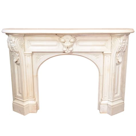 Mantle Corbels by White Arched Mantel With Corbels At 1stdibs