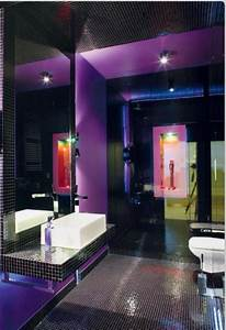Purple and black bathrooms for Dark purple bathrooms