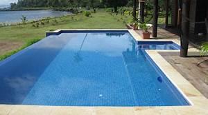 prix d39une piscine tarif moyen cout de construction With prix moyen d une piscine