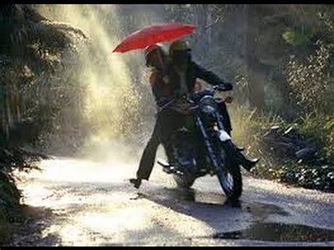 motorcycle rain motorcycle riding in the rain youtube