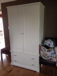 Armoire Blanche Coulissante Ikea by 17 Best Ideas About Armoire Penderie On Pinterest Ikea