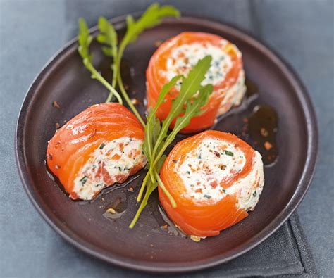 recette canapé saumon festive recipe salmon and crab rolls with carrots