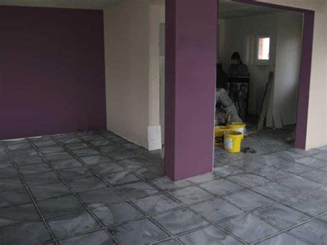 cuisine blanc et violet couleurs murs quot espace à vivre quot