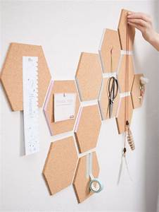 Pinnwand Selbst Gestalten : diy anleitung waben pinnwand aus kork selber machen cork pinboard for your workspace wall ~ Markanthonyermac.com Haus und Dekorationen