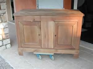 comment decaper un meuble en chene vernis evtod