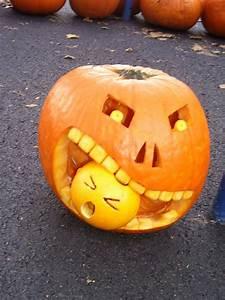 100 halloween pumpkin carving ideas digsdigs for Pumpkin carving ideaa