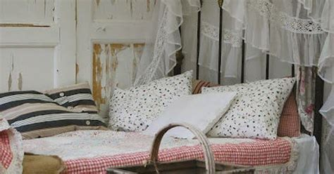 shabby chic bedroom decorating on a budget shabby chic decorating on a budget bedrooms pinterest shabby chic love this and i love