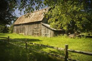 Rustic Old Farm Scenes with Fences