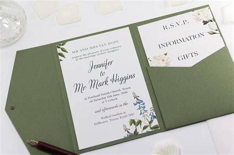 average cost  wedding invitations  bossa
