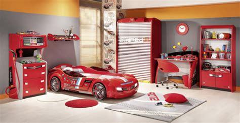 chambre cars pas cher le lit voiture pour la chambre de votre enfant