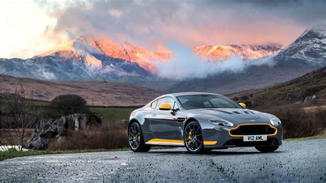 Cars Wallpaper Hd : 2017 Aston Martin Vantage Gt8 Wallpaper