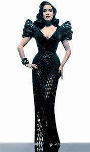 Revealing Dita Von Teese in a Fully Articulated 3D Printed