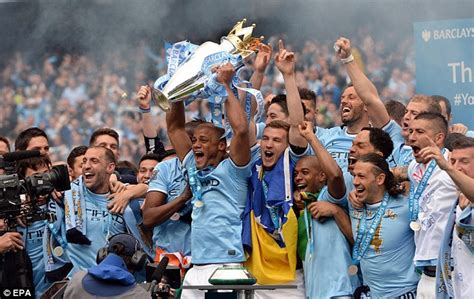 Manuel Pellegrini hails players after Manchester City win ...