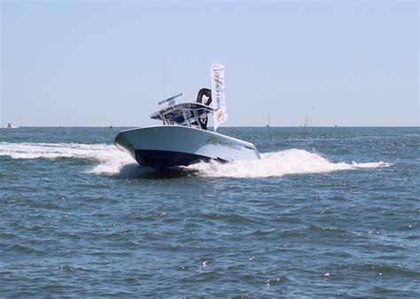 Contender Boats Running by Contender 30 St Cc Waylen Bay Yacht Sales