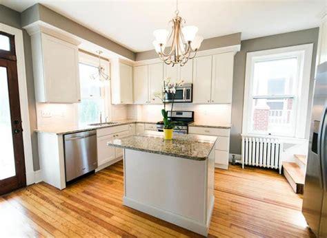small kitchens  white cabinets designing idea