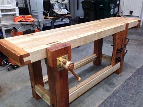 roubo bench  criss cross leg vise  cl