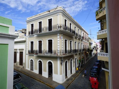 colonial architecture file spanish colonial architecture of old san juan puerto rico jpg wikimedia commons