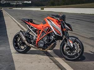 Duke 1290 R : 2015 ktm 1290 super duke r track ride review gearopen ~ Medecine-chirurgie-esthetiques.com Avis de Voitures