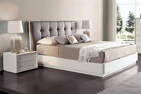 Покупка кровати недорого на распродаже ― Интернетмагазин