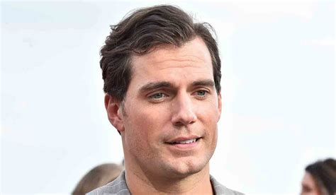 Actor Henry Cavill Apologises For Tone Deaf #MeToo Rape ...