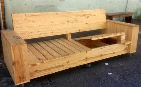 plan canapé bois tuto canapé avec palette plans et guides de construction