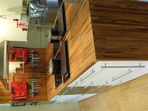 plan de travail cuisine en bois optez pour un plan de travail en bois massif