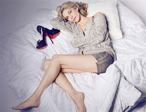 foot fan for bed elizabeth mitchell photo 44 of 73 pics wallpaper photo