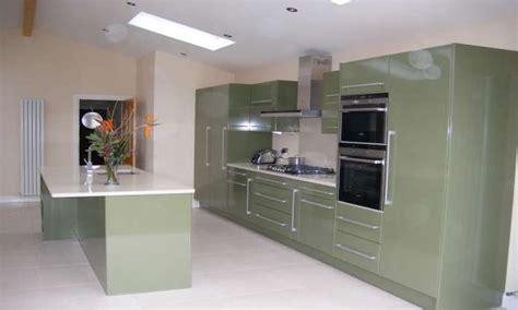 high gloss paint  kitchen cabinets high gloss kitchen