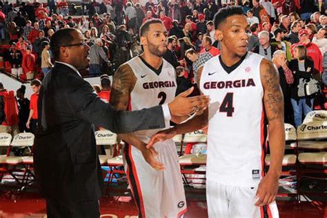 Georgia beats Arkansas 66-61 in OT, improves to 3-1 in SEC