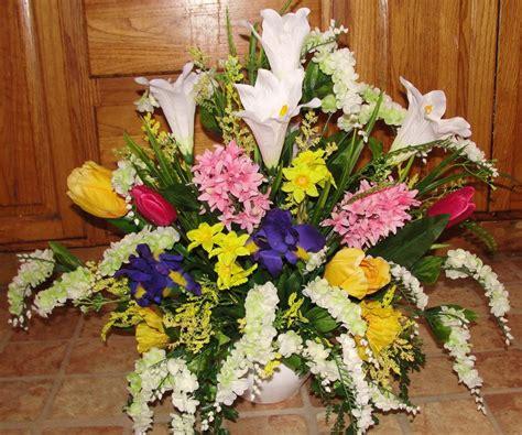 Flower Arrangements In A Vase by Flower Arrangements Church Pews Wedding Altar Vases