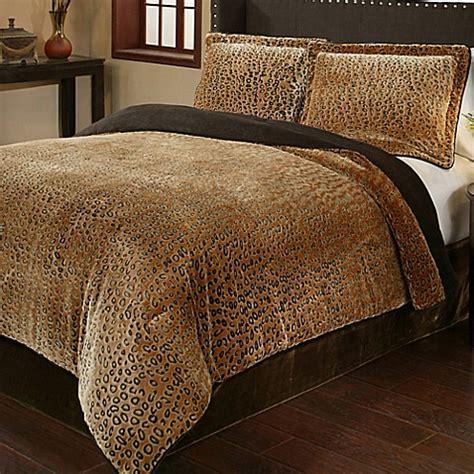 buy cheetah 3 piece queen plush comforter set from bed