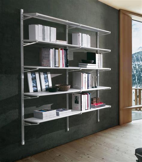 libreria parete librerie da appendere a parete idee e soluzioni efficaci