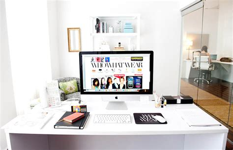 bureau mac 30 modern imac computer desk arrangement home design and