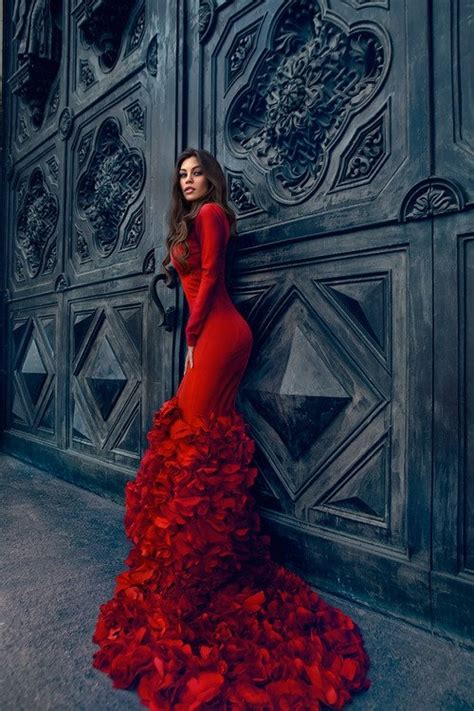 red dress  ruffled train pictures   images