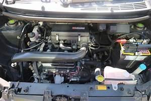 Jual  Agya G 1 0 Manual 2013 Mobil Bekas Surabaya