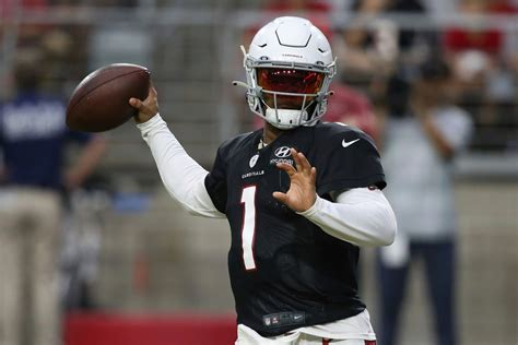 cardinals kyler murray focused  playing