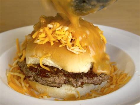 slopper pueblo chili burger chile food colorado lab seriouseats aht hamburger recipe burgers bun mexican recipes