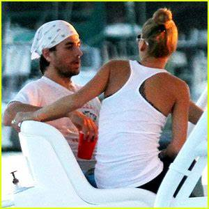 Enrique Iglesias Miami Boat Ride with Anna Kournikova