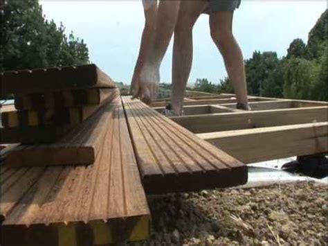 Brico Depot Lame Terrasse Bois by Terrasse En Bois Construisez La Vous M 234 Me Youtube