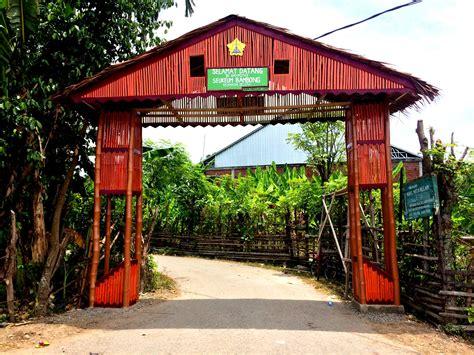 pembangunan gapura gampong seukeum kelompok p kkn