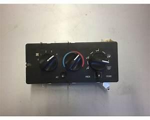Mack Hvac Control Module Off 2001 Mack Ch613 For Sale