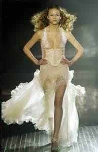 revealing wedding dress the racy side of wedding gowns giardini wedding the bridal wishlist