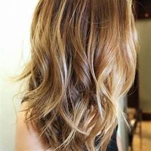 Hellbraune Haare Mit Blonden Strähnen : karamell braune haare mit blonden str hnen kleidung haare pinterest braune haare ~ Frokenaadalensverden.com Haus und Dekorationen