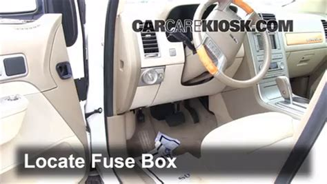 2011 Ford Fusion 4 Cylinder Fuse Box by Interior Fuse Box Location 2007 2015 Lincoln Mkx 2007
