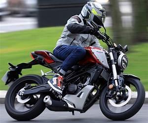 Moto 125 2019 : honda cb 125 r 2019 fiche moto motoplanete ~ Medecine-chirurgie-esthetiques.com Avis de Voitures