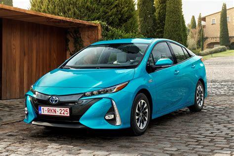 The Best Hybrid Cars For 2017