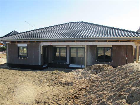 Plan Und Baustudio  30982 Pattensen  Bungalow Mit Garage